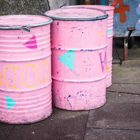 Kojo: Three pink Barrels