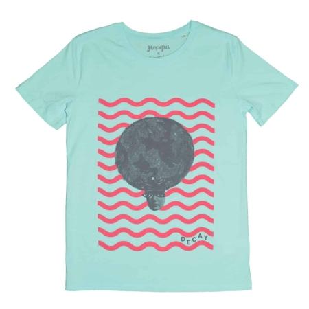 Accumulate World Queen T.shirt