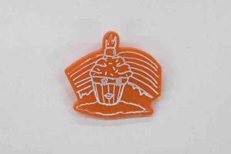 Accumulate-Cupcake-Orange-Brooch-Image